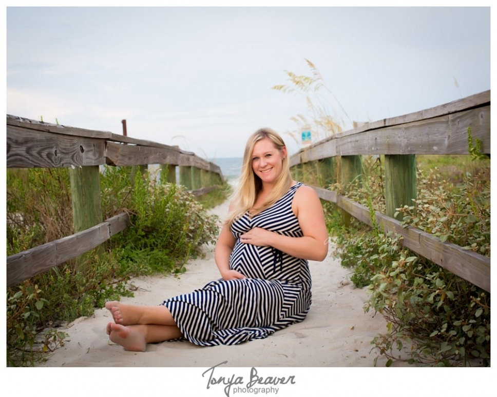 atlantic beach maternity photos; jacksonville maternity photos; hanna park maternity photos; beach maternity photos; tonya beaver photography018