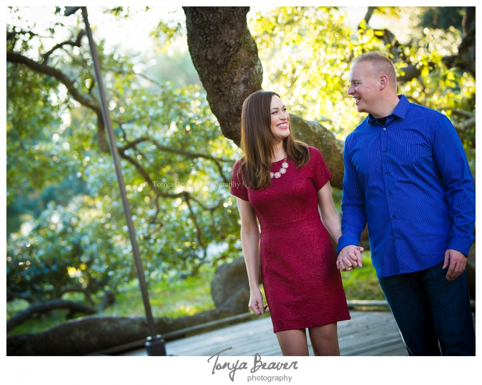 jacksonville engagement photographer; jacksonville wedding photographer; downtown jax engagement photos; treaty oak engagement photos; tonya beaver photography 001 (Side 1)